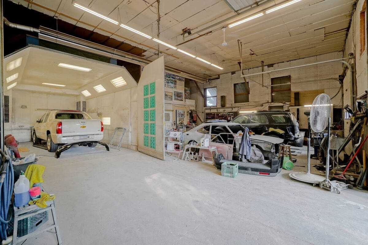 commercial Property Image no.2